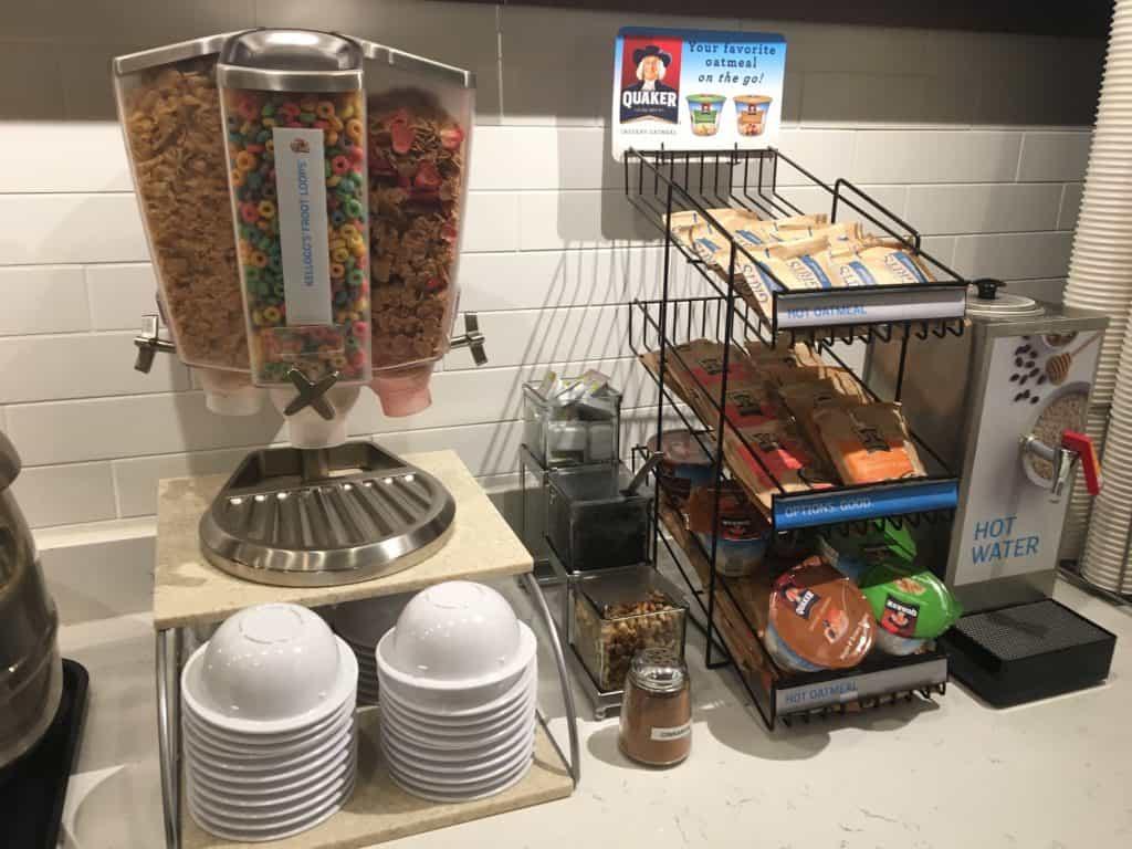 Breakfast at Hotel Inn & Suites Helen, Georgia